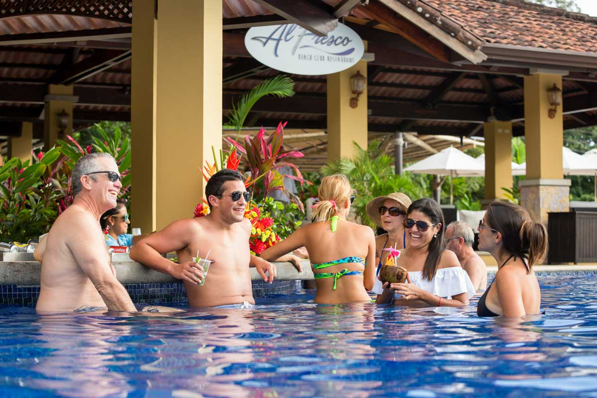 Stayincostarica-lossuenos-beach-club-3