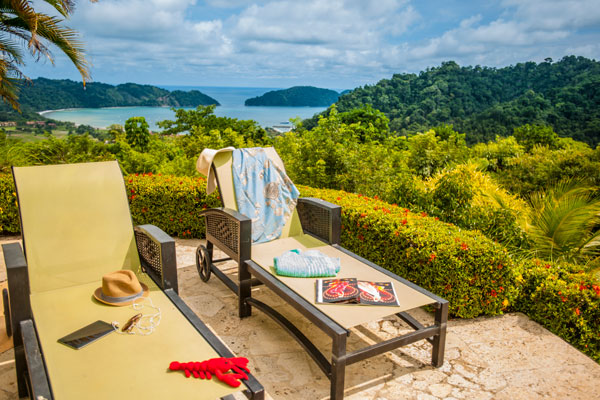 Stayincostarica-lossuenos-package-deals