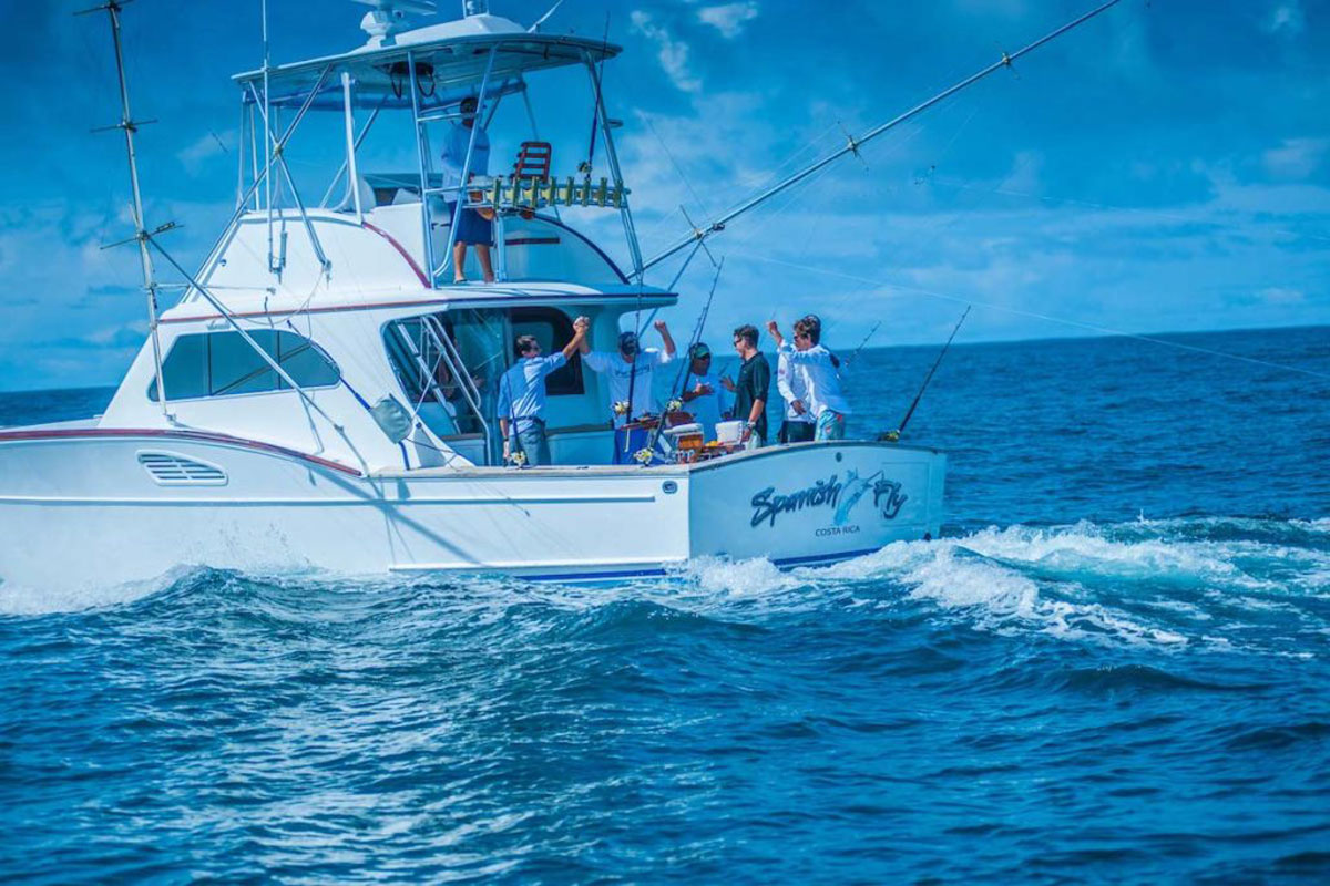 stayincostarica-lossuenos-sportfishing-1